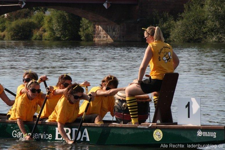 Flotte Bienen und Pudding-Schnecken erfolgreich beim Drachenbootrennen in Ladenburg