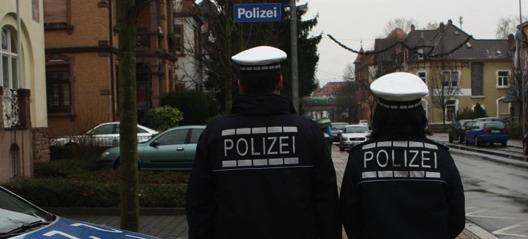 Polizei: Die neuen Uniformen sind blau und funktional