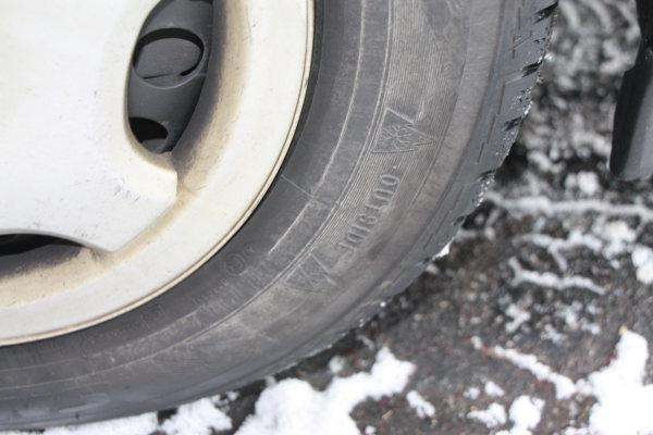"""Winterreifenpflicht: Ab dem 04. Dezember kostet es """"ohne"""" Geld"""