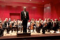 Volles Haus bei Dvorák und Smetana – Standing Ovations