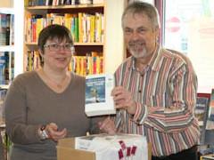 Simone Rau verschenkt 30 Bücher