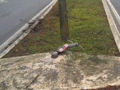 Verkehrsinsel niedergemäht