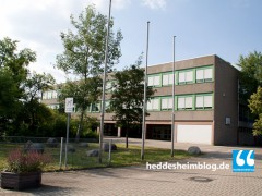 """Bildungsinvestition oder Kanalausbau"""